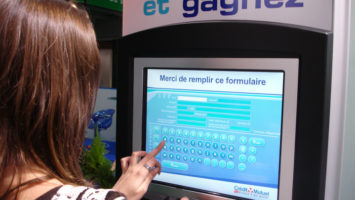 Borne interactive Crédit Mutuel